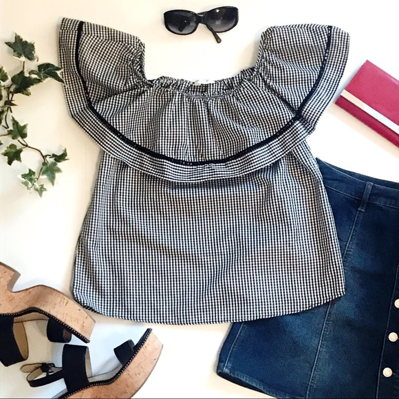 61aaf7f20b1 Black and White Gingham Off the Shoulder Top. M_5ca0d738d400084488451cc4